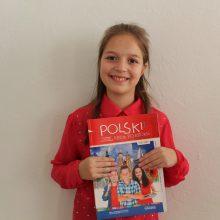 Дети обучаются в школе иностранных языков SAMAVITA